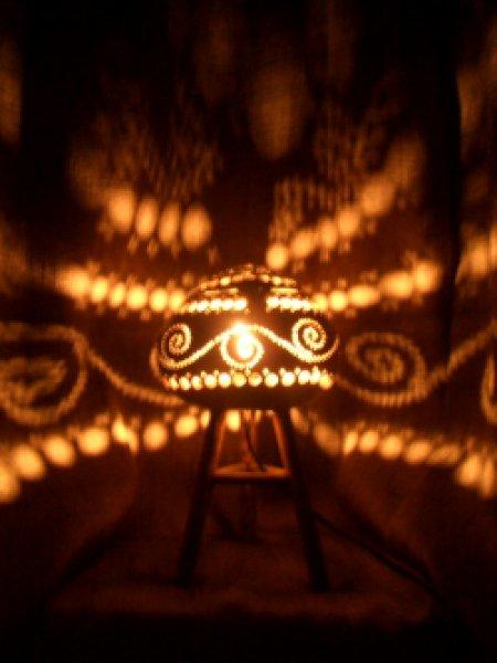 画像1: ココナツボウルランプ 高足(20W)★アジアン雑貨/間接照明/幻想的な灯/癒しインテリア (1)